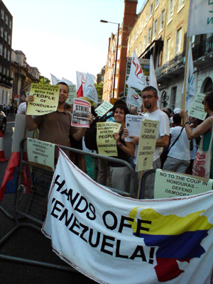 london_honduras_picket-1.jpg