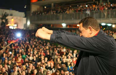 Hugo Chávez addresses mass rally organised by Hands off Venezuela!