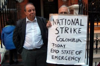 no-to-genocide-in-colombia-london-picket-oct-2008-1.jpg